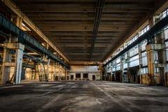 Εγκαταλειμμένος σταθμός επισκευής οχημάτων Στοκ φωτογραφία με δικαίωμα ελεύθερης χρήσης
