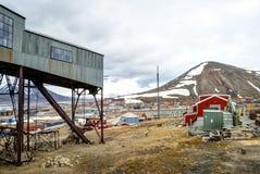 Εγκαταλειμμένος cablecar σταθμός που χρησιμοποιείται για τη μεταφορά άνθρακα, Svalbar Στοκ Εικόνα