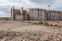 Εγκαταλειμμένο εργοτάξιο οικοδομής πυρηνικών σταθμών σε Żarnowiec, Π Στοκ Εικόνα