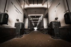 Εγκαταλειμμένο εσωτερικό βιομηχανικού κτηρίου Στοκ φωτογραφίες με δικαίωμα ελεύθερης χρήσης