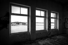 εγκαταλειμμένο εσωτερικό σπιτιών Στοκ Εικόνες