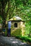 Εγκαταλειμμένο ξύλινο σπίτι Στοκ φωτογραφία με δικαίωμα ελεύθερης χρήσης