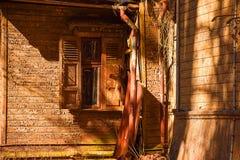 Εγκαταλειμμένο παλαιό σπίτι Στοκ φωτογραφίες με δικαίωμα ελεύθερης χρήσης