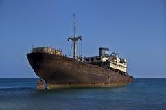 Εγκαταλειμμένο σκάφος (αίθουσα ναών, Lanzarote) Στοκ Φωτογραφίες