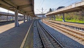 εγκαταλειμμένο τραίνο σταθμών Στοκ φωτογραφίες με δικαίωμα ελεύθερης χρήσης
