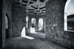 Εγκαταλειμμένο δωμάτιο στο κάστρο Στοκ εικόνα με δικαίωμα ελεύθερης χρήσης