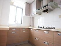 εγκατεστημένη κουζίνα σύγχρονη Στοκ φωτογραφία με δικαίωμα ελεύθερης χρήσης