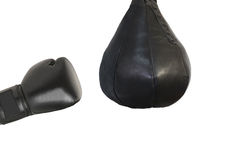 Εγκιβωτίζοντας γάντι και μια punching τσάντα Στοκ Εικόνες