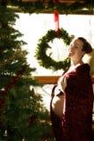εγκυμοσύνη Χριστουγένν&omeg Στοκ Φωτογραφία