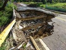 Εδαφική διάβρωση στο δρόμο του Πουέρτο Ρίκο σε Caguas, Πουέρτο Ρίκο στοκ εικόνα με δικαίωμα ελεύθερης χρήσης