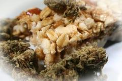 Εδώδιμος υψηλός φραγμών Granola μαριχουάνα - ποιότητα στοκ εικόνες με δικαίωμα ελεύθερης χρήσης