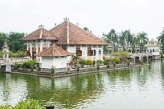 Εθνική αρχιτεκτονική στην Ασία, τα παλάτια και το statuesNational Archi Στοκ φωτογραφία με δικαίωμα ελεύθερης χρήσης