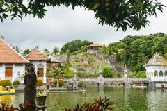 Εθνική αρχιτεκτονική στην Ασία, τα παλάτια και το statuesNational Archi Στοκ Φωτογραφίες