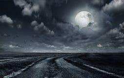 Εθνική οδός από το αμμοχάλικο στο φεγγάρι στοκ εικόνες με δικαίωμα ελεύθερης χρήσης
