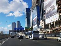 Εθνική οδός Ayalon, ουρανοξύστες στο Τελ Αβίβ Στοκ φωτογραφία με δικαίωμα ελεύθερης χρήσης