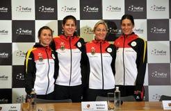 Εθνική ομάδα αντισφαίρισης γυναικών της Γερμανίας κατά τη διάρκεια μιας συνέντευξης τύπου στοκ φωτογραφία με δικαίωμα ελεύθερης χρήσης
