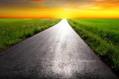 Εθνική οδός στην αυγή στοκ εικόνα με δικαίωμα ελεύθερης χρήσης