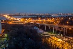 Εθνική οδός Voronezh Ανταλλαγή μεταφορών με overpass και τη γέφυρα στοκ εικόνες με δικαίωμα ελεύθερης χρήσης