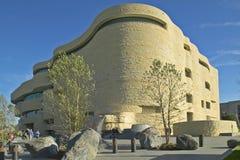 Εθνικό Μουσείο αμερικανικού του ινδικού, σμιθσονιτικό, στο ΣΥΝΕΧΈΣ ΡΕΎΜΑ της Ουάσιγκτον Γ Στοκ εικόνες με δικαίωμα ελεύθερης χρήσης