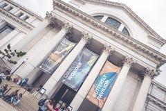 Εθνικό Μουσείο εισόδων της φυσικής ιστορίας στοκ φωτογραφία με δικαίωμα ελεύθερης χρήσης