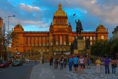 Εθνικό Μουσείο στο ηλιοβασίλεμα, Πράγα, Δημοκρατία της Τσεχίας Στοκ Εικόνες