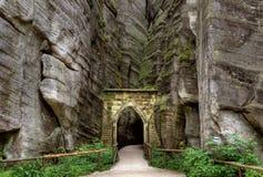 Εθνικό πάρκο των βράχων adrspach-Teplice Πόλη βράχου cesky τσεχική πόλης όψη δημοκρατιών krumlov μεσαιωνική παλαιά Στοκ Φωτογραφία
