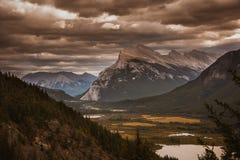 Εθνικό πάρκο Banff το φθινόπωρο Στοκ Εικόνες