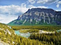 Εθνικό πάρκο Banff, δύσκολα βουνά Στοκ Εικόνες