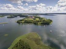 Εθνικό πάρκο Wigry λιμνών Suwalszczyzna, Πολωνία Μπλε νερό και Στοκ εικόνες με δικαίωμα ελεύθερης χρήσης
