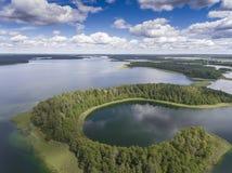 Εθνικό πάρκο Wigry λιμνών Suwalszczyzna, Πολωνία Μπλε νερό και Στοκ Φωτογραφία