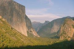 Εθνικό πάρκο Yosemite από την άποψη σηράγγων Στοκ Εικόνες