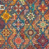 Εθνικό floral άνευ ραφής σχέδιο mandala ζωηρόχρωμο μωσαϊκό ανασκόπησης Στοκ Εικόνα
