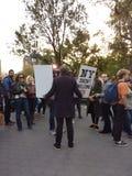 Ειδήσεις ραδιοφωνικής μετάδοσης, διαμαρτυρόμενος ατού, τετραγωνικό πάρκο της Ουάσιγκτον, NYC, Νέα Υόρκη, ΗΠΑ Στοκ Φωτογραφία