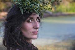 Ειδωλολατρικό κορίτσι τσιγγάνων στο δάσος Στοκ φωτογραφίες με δικαίωμα ελεύθερης χρήσης