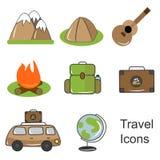 Εικονίδια για τα εξαρτήματα ταξιδιού, τουρισμού και ταξιδιού στοκ φωτογραφία