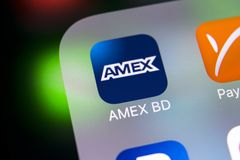 Εικονίδιο εφαρμογής Amex στο iPhone Χ της Apple κινηματογράφηση σε πρώτο πλάνο οθόνης smartphone App Amex εικονίδιο Το Amex είναι Στοκ εικόνες με δικαίωμα ελεύθερης χρήσης