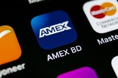 Εικονίδιο εφαρμογής Amex στο iPhone Χ της Apple κινηματογράφηση σε πρώτο πλάνο οθόνης smartphone App Amex εικονίδιο Η Αmerican Εx Στοκ εικόνες με δικαίωμα ελεύθερης χρήσης