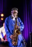 Εικονίδιο της παγκόσμιας τζαζ - Sanders Pharoah το εικονίδιο Quartetet ζωντανό στη σκηνή Kijow Κέντρο στο φεστιβάλ της θερινής Ja Στοκ Φωτογραφία