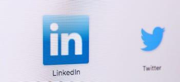 Εικονίδιο Linkedin στην οθόνη οργάνων ελέγχου της Apple iMac Λογότυπο Linkedin Το Linkedin είναι δημοφιλές κοινωνικό δίκτυο συνομ Στοκ φωτογραφίες με δικαίωμα ελεύθερης χρήσης