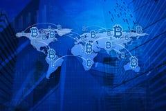 Εικονίδιο νομισμάτων κομματιών με τη γραμμή σύνδεσης πέρα από το υπόβαθρο χαρτών και πόλεων, Στοκ Φωτογραφία