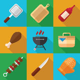Εικονίδιο τροφίμων πικ-νίκ και σχαρών που τίθεται σε ένα επίπεδο σχέδιο Στοκ φωτογραφία με δικαίωμα ελεύθερης χρήσης