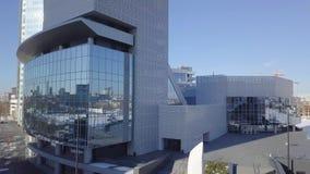 Εικονικές παραστάσεις πόλης, υψηλοί κτίρια γραφείων ανόδου και ουρανοξύστες στην πόλη, χειμερινό φως της ημέρας, τοπ άποψη το χει Στοκ φωτογραφίες με δικαίωμα ελεύθερης χρήσης