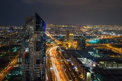 Εικονική παράσταση πόλης νύχτας του Ντουμπάι, Ηνωμένα Αραβικά Εμιράτα Στοκ φωτογραφία με δικαίωμα ελεύθερης χρήσης