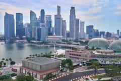 Εικονική παράσταση πόλης της Σιγκαπούρης που βλέπει από το Βορρά του κόλπου μαρινών στοκ εικόνες με δικαίωμα ελεύθερης χρήσης