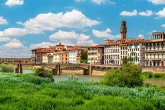 Εικονική παράσταση πόλης της Φλωρεντίας με τον ποταμό Arno στοκ εικόνα