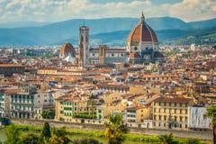 Εικονική παράσταση πόλης της Φλωρεντίας στην Ιταλία να εξισώσει ηλιόλουστο Άνοιξη Στοκ εικόνα με δικαίωμα ελεύθερης χρήσης