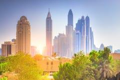 Εικονική παράσταση πόλης του Ντουμπάι Ζωηρόχρωμη εικονική παράσταση πόλης του Ντουμπάι Στοκ Φωτογραφίες