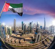 Εικονική παράσταση πόλης του Ντουμπάι με τη σύγχρονη φουτουριστική αρχιτεκτονική, Ηνωμένα Αραβικά Εμιράτα Στοκ Εικόνα