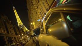 Εικονική παράσταση πόλης του Παρισιού, λαμπρά φωτισμένος πύργος του Άιφελ, ρομαντικό σύμβολο της Γαλλίας απόθεμα βίντεο
