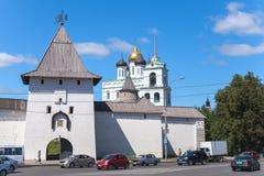 Εικονική παράσταση πόλης wuth ο καθεδρικός ναός τριάδας, Pskov Στοκ Φωτογραφία